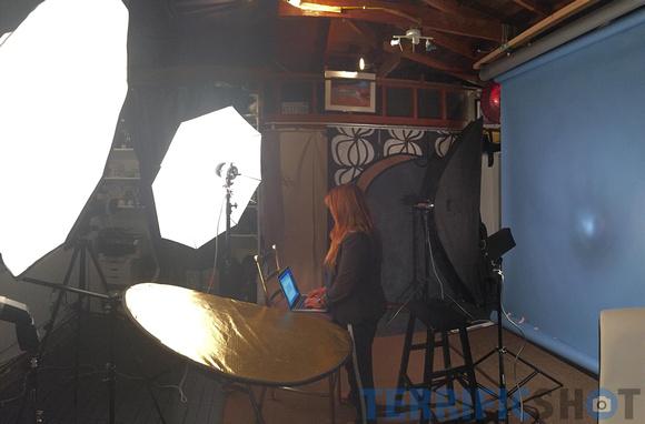 video_sample_resume_behind_scene_studio2