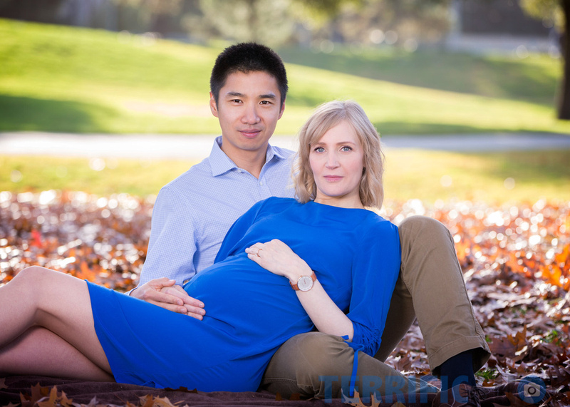 maternity_couple_pose_portrait_outdoor_photography
