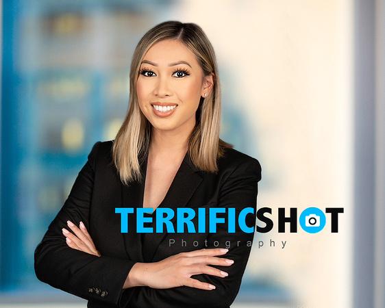 woman_executive_portrait+at_terrificshot_photography
