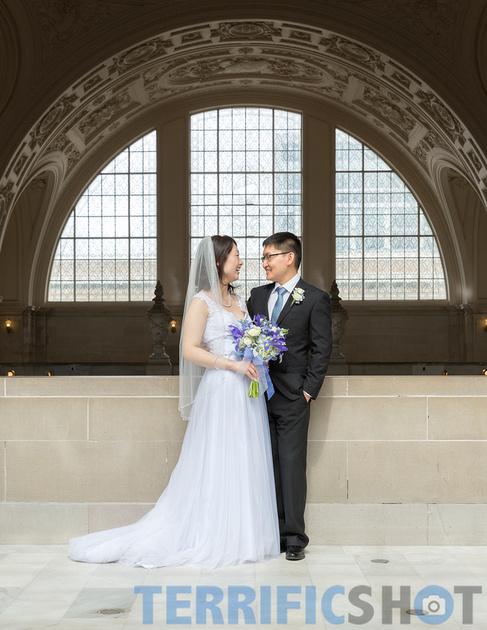 wedding_bride_and_groom_smiling_san_francisco_city_hall