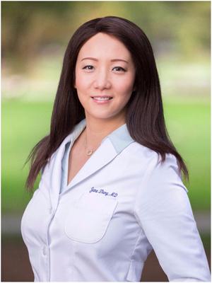 woman_wearing_white_lab_smock_corporate_medical_headshot_business